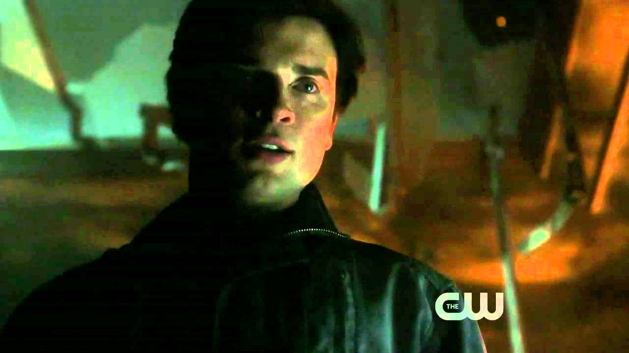 Download Smallville - S10E16 - Clark Kent vs. Connor Kent