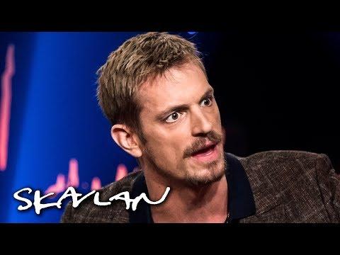 Joel Kinnaman explains why he wasn't surprised by #metoo   English subtitles   Skavlan