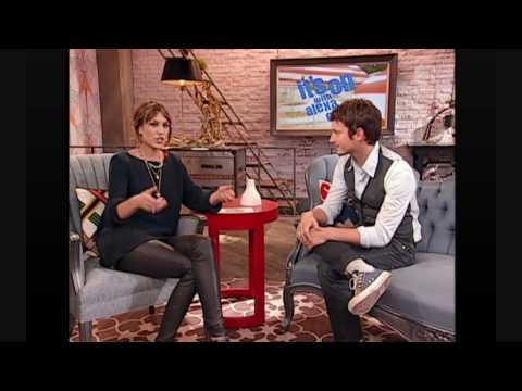 Elijah Wood Interview on MTV It's On with Alexa Chung.wmv