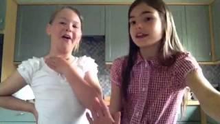 Liz and lexi challenge eating bugs/ me and teddy Thumbnail