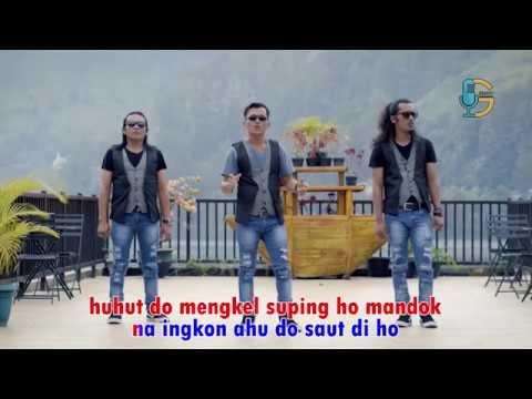 TRIAMOR - Holan Hata (official video)