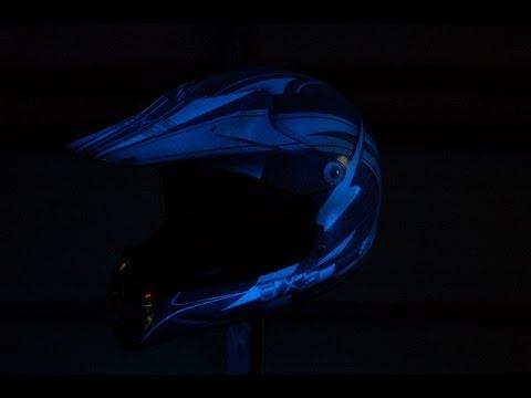 glow in the dark helmet toxic toad clear glow in the dark spray paint. Black Bedroom Furniture Sets. Home Design Ideas