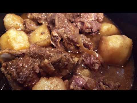 Slow Cooker Neck Bones & Potatoes - I Heart Recipes