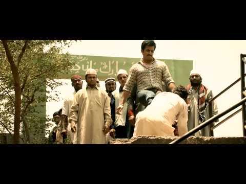 Shootout At Wadala - Manya saves Munir - by Sudhir