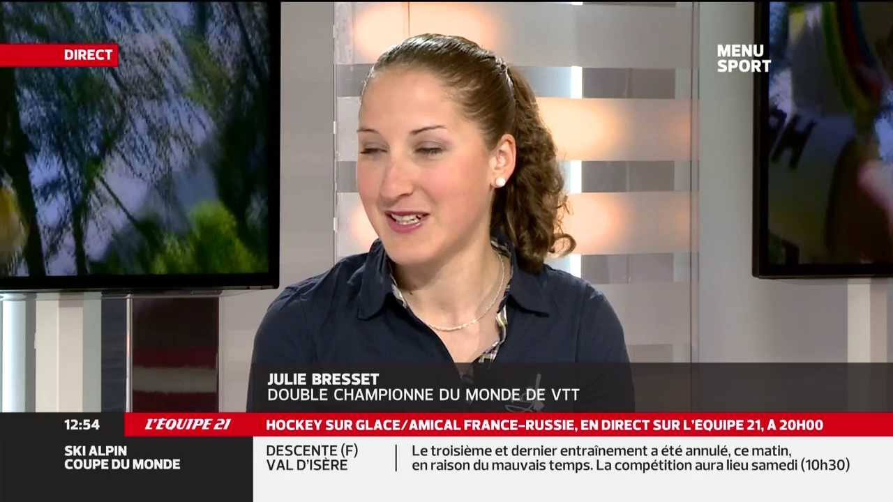 julie bresset sur le plateau tv de l 39 equipe 21 youtube. Black Bedroom Furniture Sets. Home Design Ideas