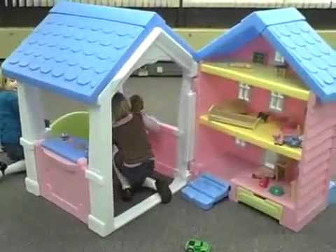 Little Tikes 2 In 1 Dollhouse Playhouse Youtube