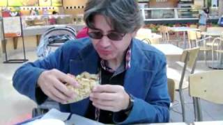 How to Eat a Gyro