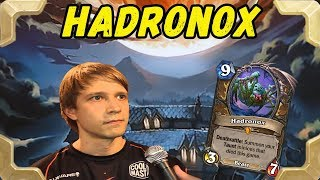 Savjz is playing Hadronox Taunt Druid deck (The Witchwood)