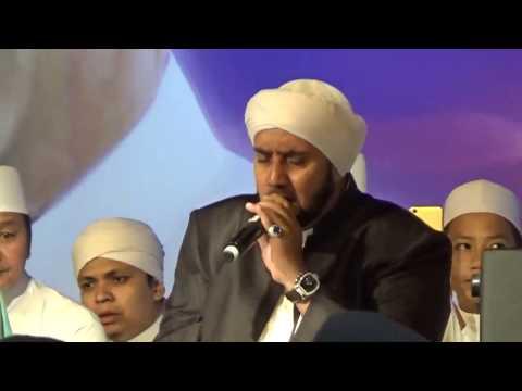Habib Syech Assegaf di Majlis Rasulullah Singapura 2017