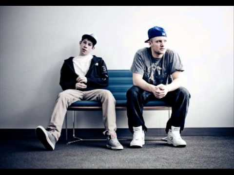 Aer vs Notorious BIG  Party on the Moon Monster Mashes mashup