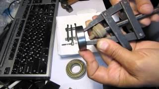Замена подшипника в стиральной машине - как выбить наружную обойму(Замена подшипника в стиральной машине - как выбить наружную обойму, если развалился подшипник. Первое видео..., 2014-05-27T15:58:16.000Z)