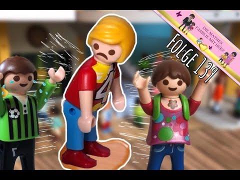 FELIX macht sich in die HOSE - Blasenentzündung - Spielzeug Film deutsch mit Playmobil