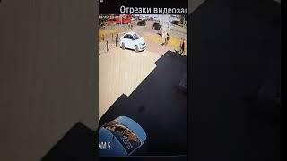 Лихач сбил насмерть маму и дочь на пешеходном переходе в Казани