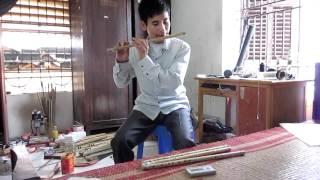 Tặng sáo cho thành viên - Xưởng Cao Trí Minh.Video check sáo. tháng 4/2012