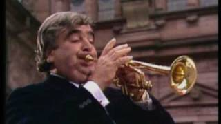 Maurice Andre -  Haydn trumpet concerto allegro