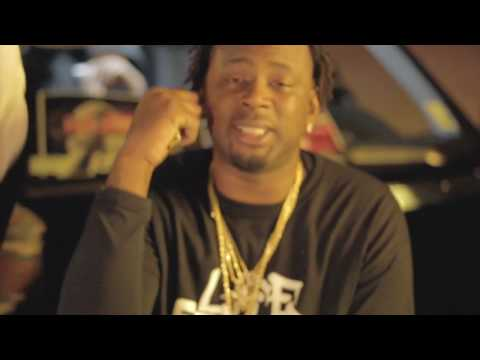 YTZ - SHOW MY AZZ (OFFICIAL MUSIC VIDEO)