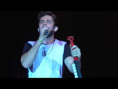 "Thomas Rhett - ""Tangled Up"" Live 2015 WI"