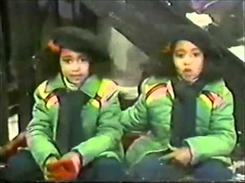 Rewind Reviews: A Special Sesame Street Christmas (2/3) - YouTube