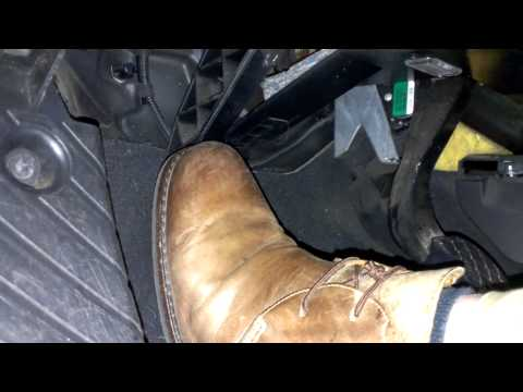 Demonstration of clutch pedal depression