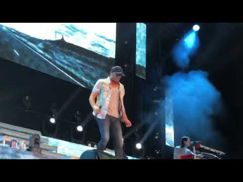 Cole Swindell - Love You Too Late (at Jiffy Lube Live)