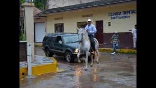 Cuando la lluvia cae en La Huerta, Jalisco.