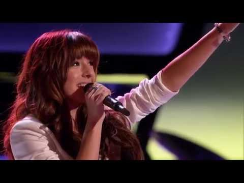 christina-grimmie-sings-'wrecking-ball'-on-the-voice-blind-auditions
