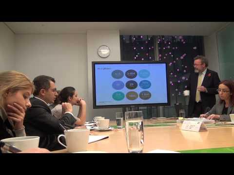 Allen & Overy Uluslar arası Hukuk Firmasına ait hukuki hizmetler hakkında sunum