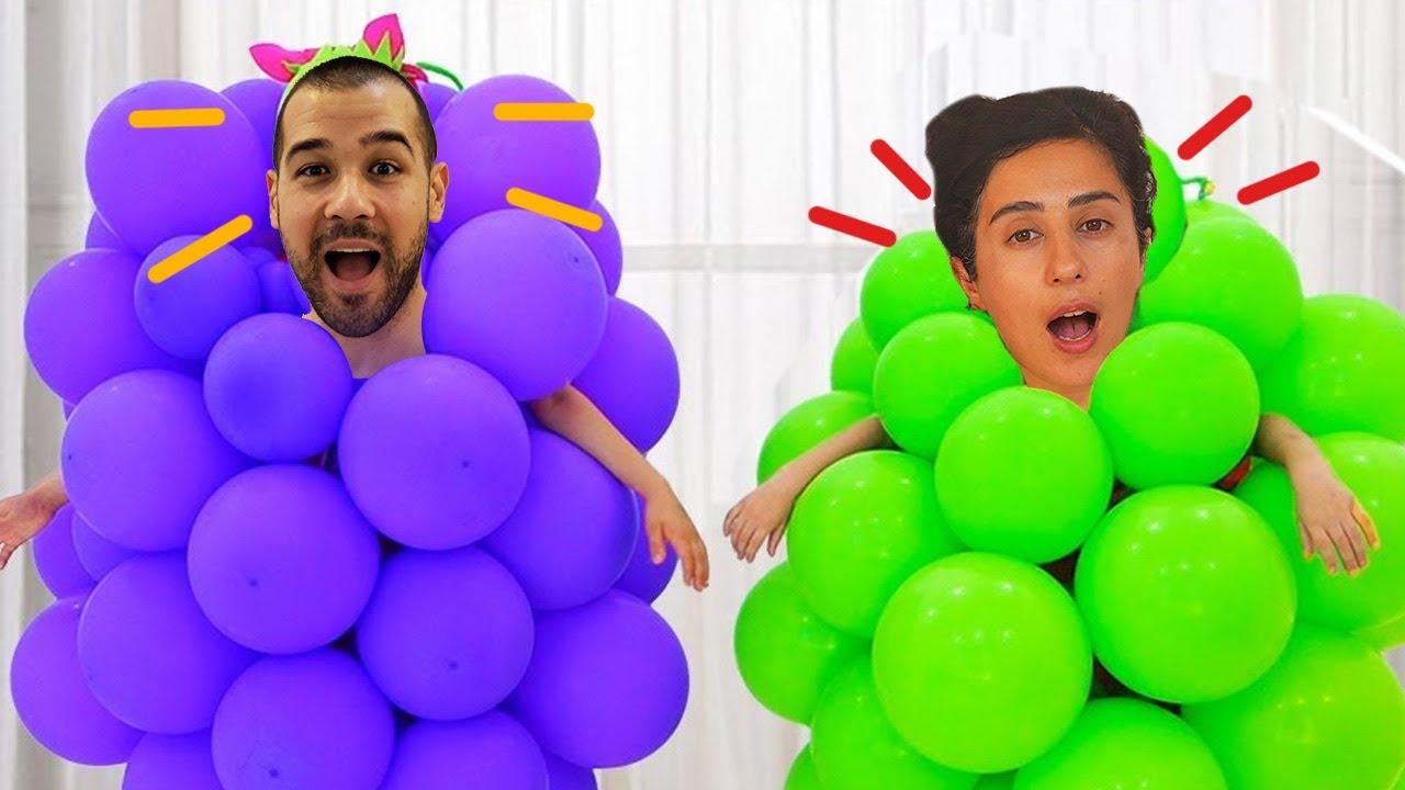 Şişme Oyuncaklarla Oynuyor Esra اللعب مع البالونات
