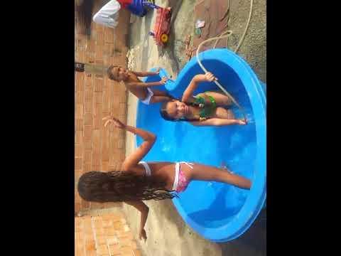 desafio da piscina e se divertindo
