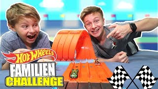 Wir testen die neue Hot Wheels Track Builder Mega Rennbox 😁 TipTapTube Family 👨‍👩‍👦‍👦