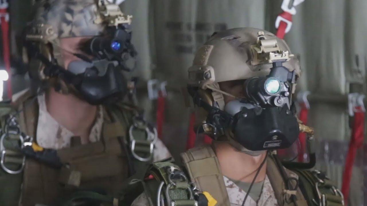 Les Forces De Raid Maritime U.S. s'Entraînent au Combat