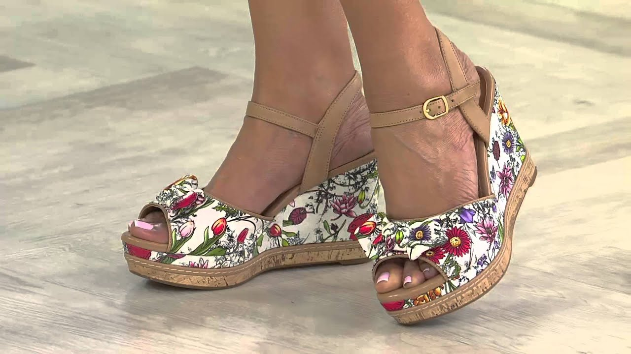 clarks artisan floral print wedge sandals