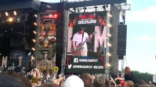 Bring Me The Horizon - Can You Feel My Heart (live Download Festival 2014)