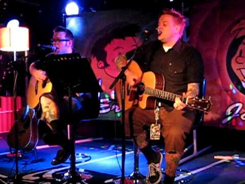 Val Kilmer - Bowling for Soup Acoustic Live in Glasgow ...