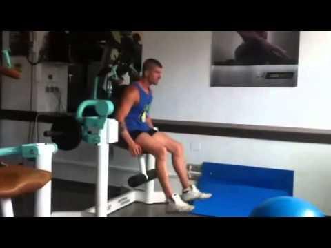 Jose labrador de gandia shore entrenando en el gimnasio for Gimnasio gandia