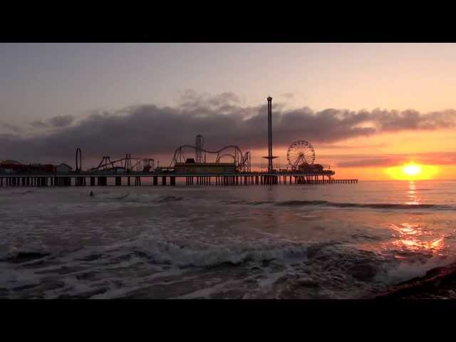 Timelapse: Sunrise behind the Pleasure Pier on Galveston Island, Texas