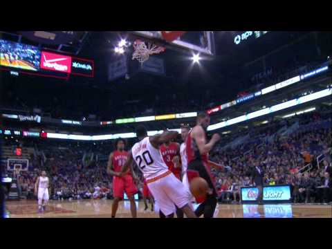 Archie Goodwin Flies Over Valanciunas For The Posterizing Smash