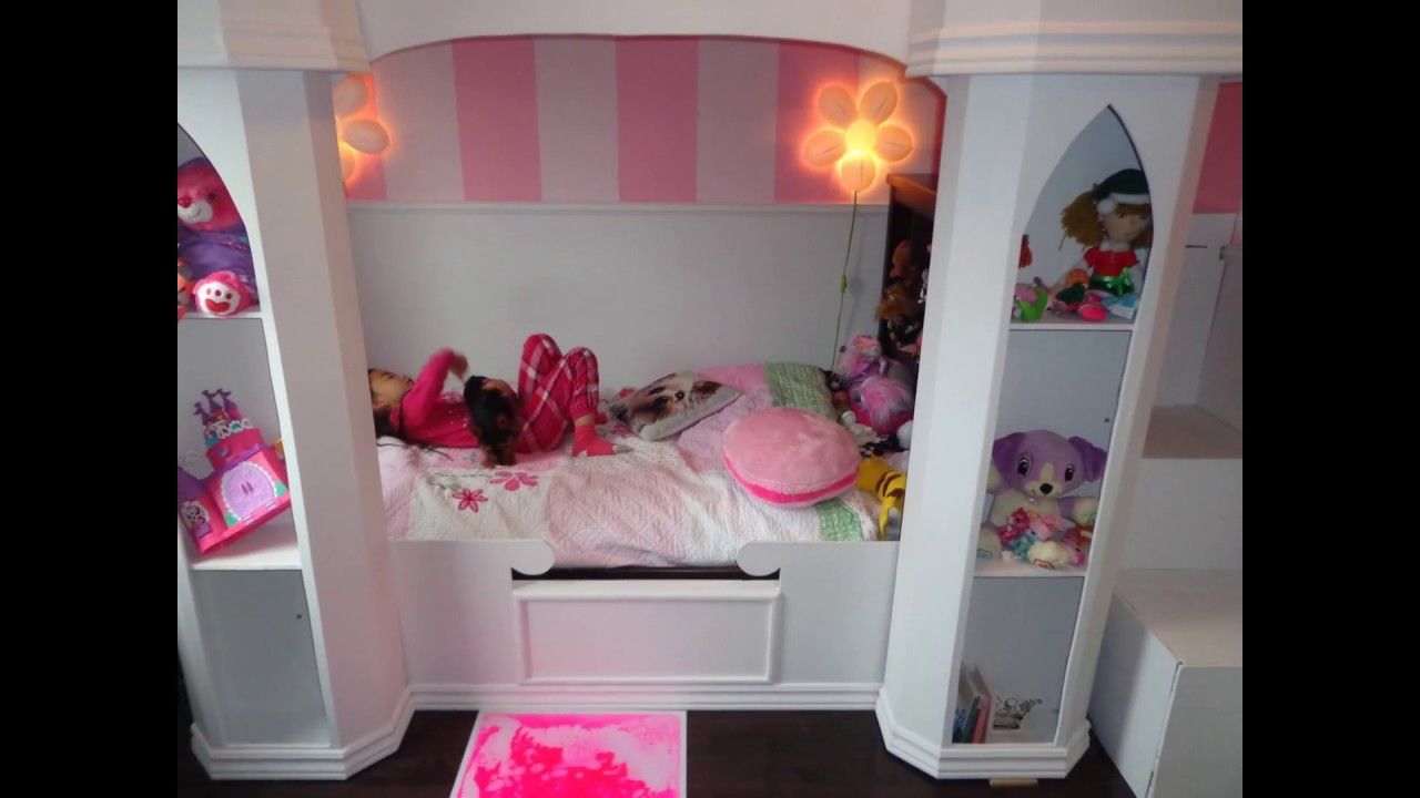 princess castle bed lit ch teau de princesse youtube. Black Bedroom Furniture Sets. Home Design Ideas