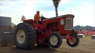 Allis-Chalmers Run Of The Orange 2013 Tractors Pulling to the Max.