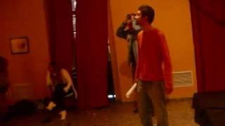 Ataque de risa a Azahara en el rodaje del corto.