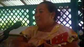 Atrina Soichy singing Ese Fokkun Tufich Ach Sipwe Tukumi Tipis Mi Monomon