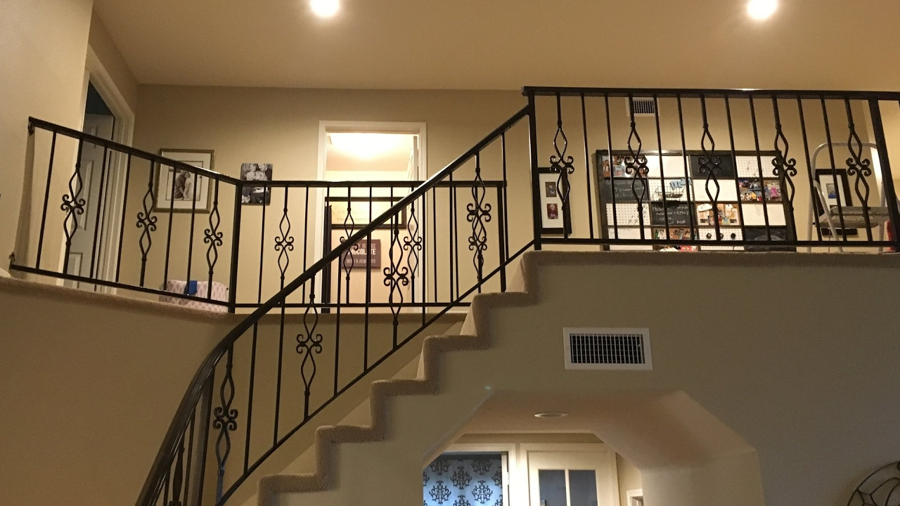 Diy Iron Baluster Spindle Staircase Remodel Quick Easy Youtube | Iron Spindles For Staircase | Simple | Modern 2019 Staircase | Farmhouse Style | Arched Metal | Basket