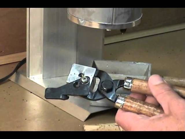 Lee Precision Mfg  Bullet Mold Preperation