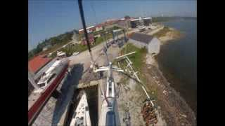 Kiwi Spirit Mast Stepping -- Birds Eye View of Lyman-Morse atop the mast