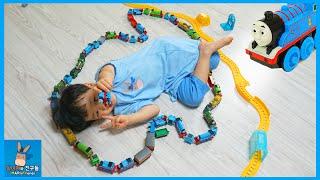 토마스와친구들 기차 100개 트랙 연결 귀요미 사탕 전달 도전 ♡ 공룡 기차 퍼시 레이싱 장난감 놀이 Thomas & Friends | 말이야와친구들 MariAndFriends