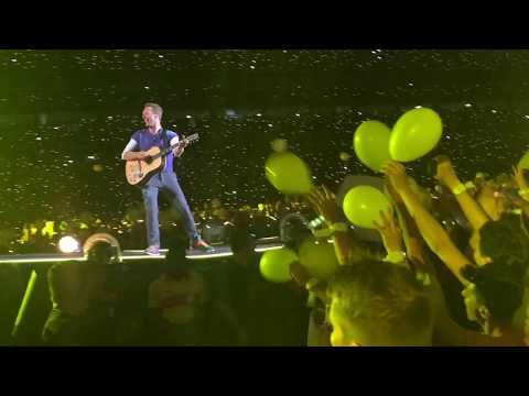 Coldplay - Yellow (Live @ Porto Alegre, 11/11/17)