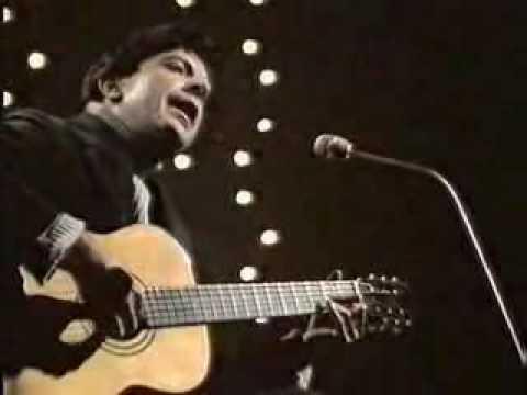 Leonard Cohen: The Stranger Song