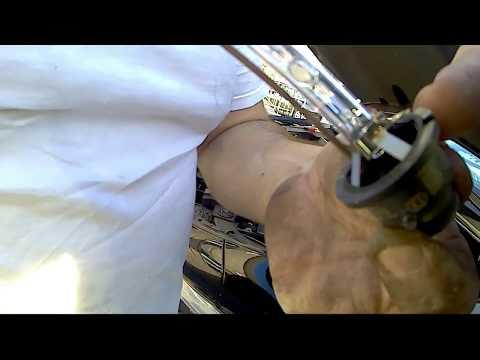 how to replace headlight bulb infiniti qx60, jx35