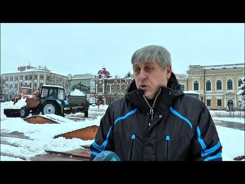 Канал Кіровоград: З центральної частини Кропивницького почали вивозити сніг