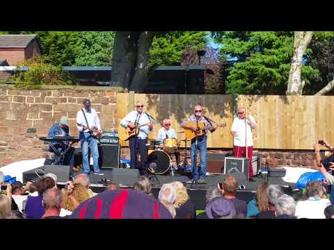 The Quarrymen - Rock Island Line - Woolton, Liverpool, August 2017